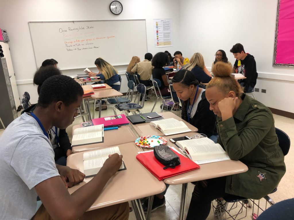 Students Reading Class